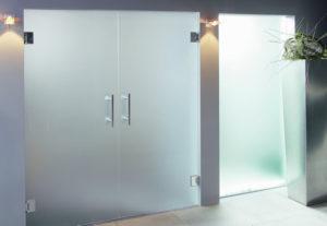 puertas de vidrio para negocios